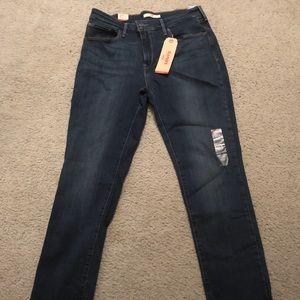 Levi's skinny mid rise jeans